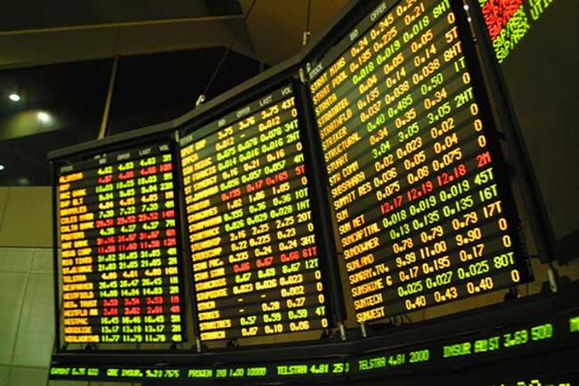 Turkey turmoiling lira plunges to record low