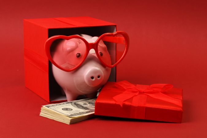 4 Tips For Celebrating Valentine's Day Without Breaking The Bank